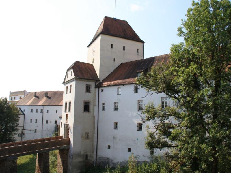 Oberhaus.jpg